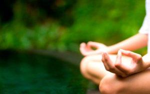 El Yoga siempre va unido a la meditación.