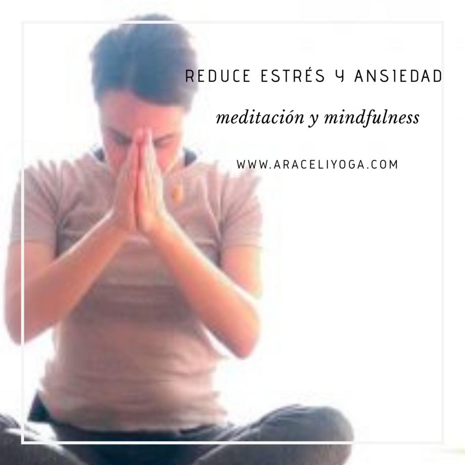 Rutina semanal con yoga y mindfulness meditación